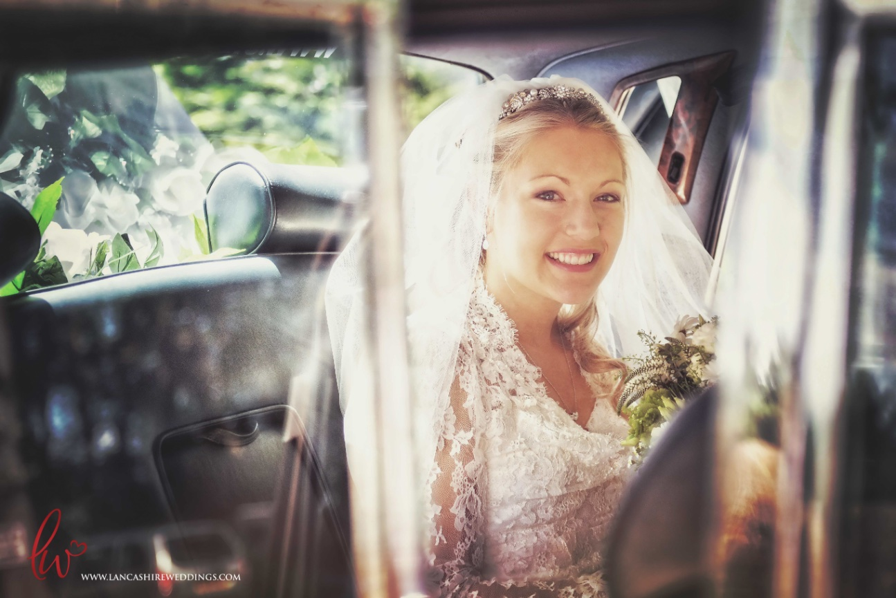 Woolton Church bride arrival