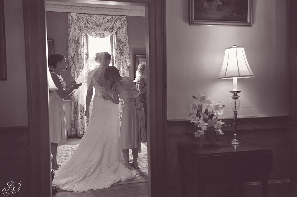 bride getting ready at Shenandoah valley golf club