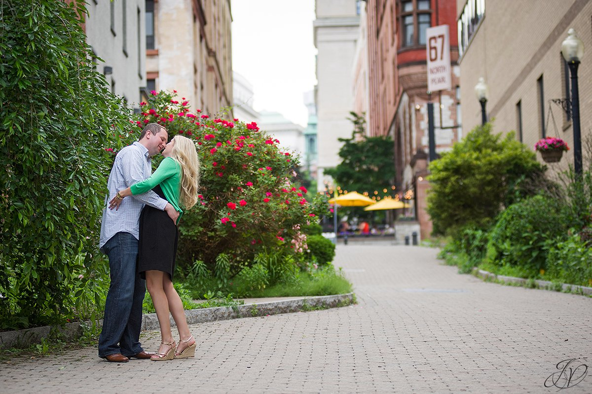 downtown albany ny, engagement photos