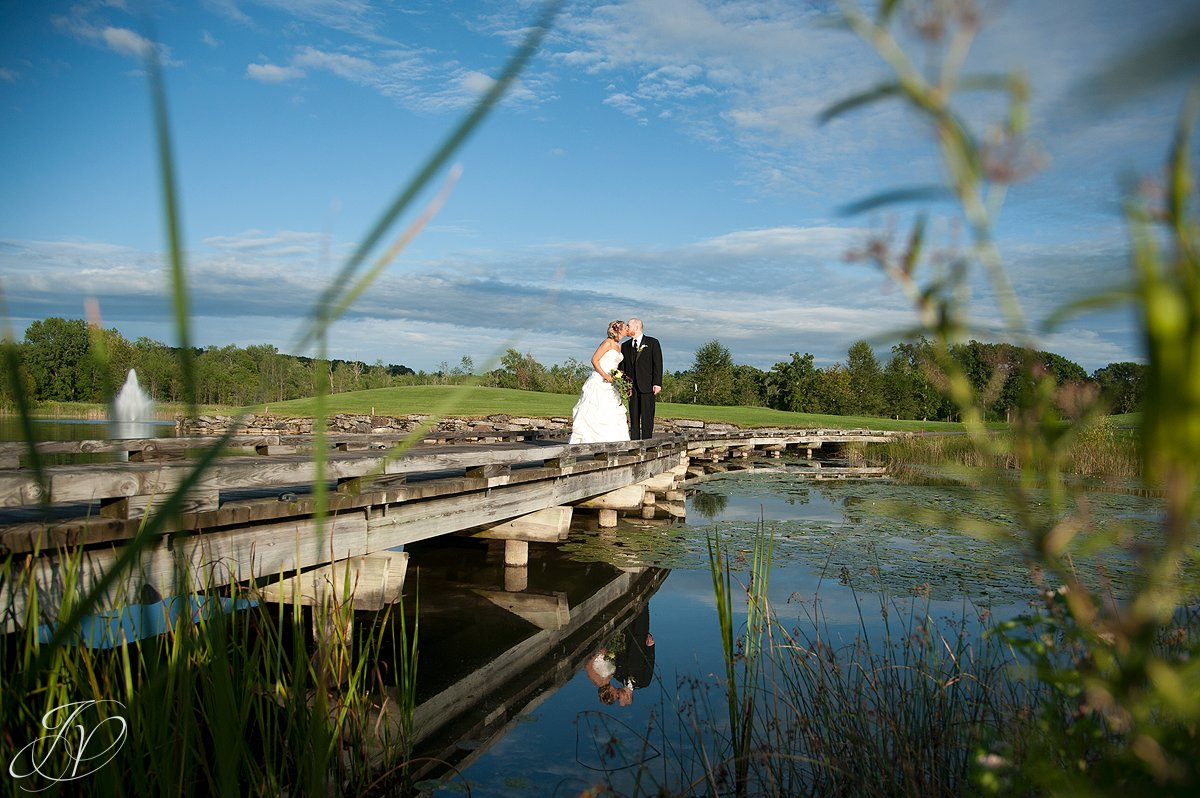 wedding photos at saratoga national golf coarse, wedding photography, Saratoga Wedding Photographer, Longfellows