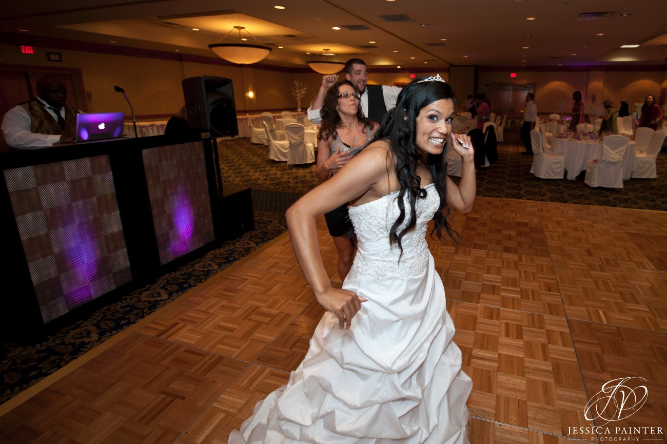 albany wedding, schenectady wedding, reception detail shots, bride dancing