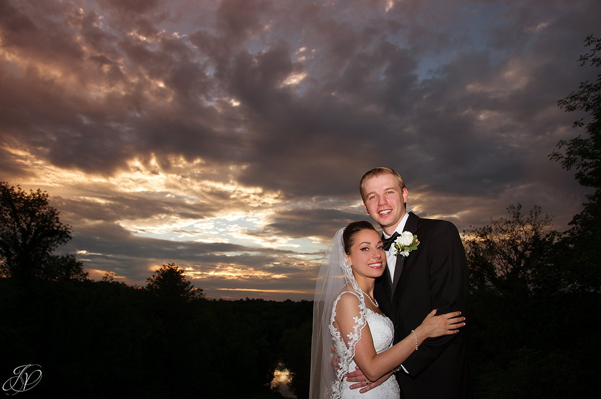 beautiful bride and groom sunset photo, normanside country club