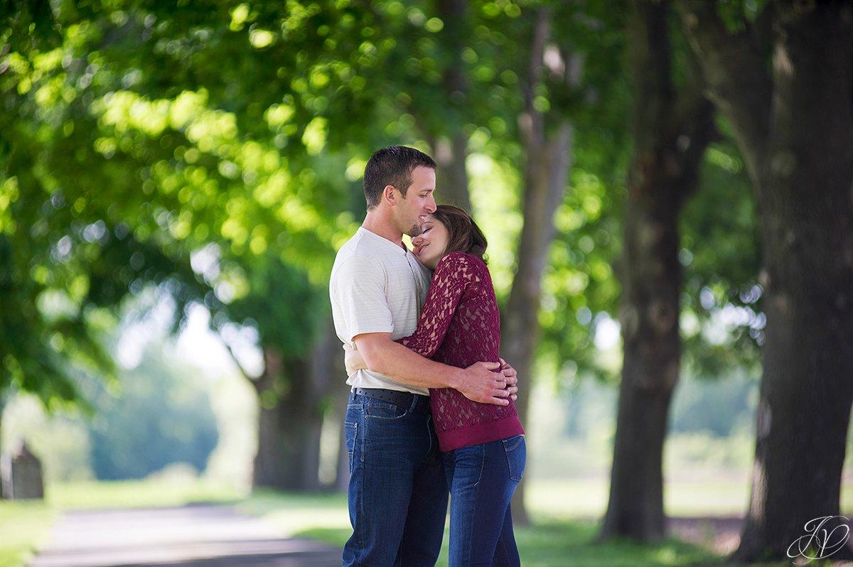 romantic photo of cuddling couple