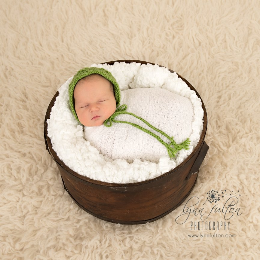 Welcome to the world, Madelyn! Kitchener Newborn Session