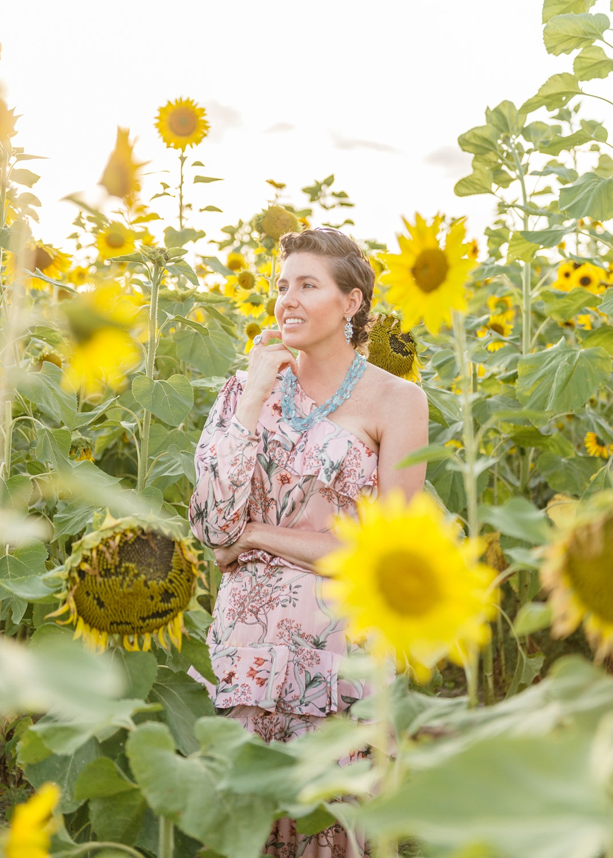breast cancer portrait, breast cancer patient portrait, sunflower field, Ryaphotos